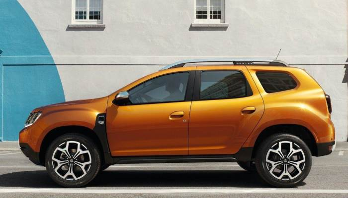 2018-renault-duster-official-foto